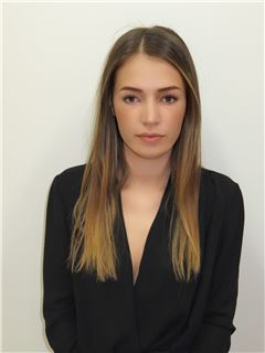 Nikolina Balevic - RE/MAX Capital